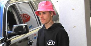 Justin Bieber's Pink Bucket Hat Is the Dash of Sleaze Your 2020 Look Needs