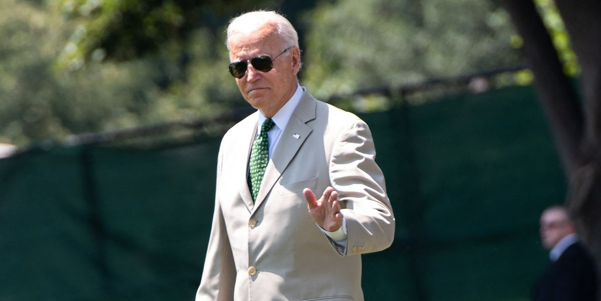 Joe Biden Wears Tan Suit Seven Years After Obama Tan Suit Controversy, Days After Obama's Birthday