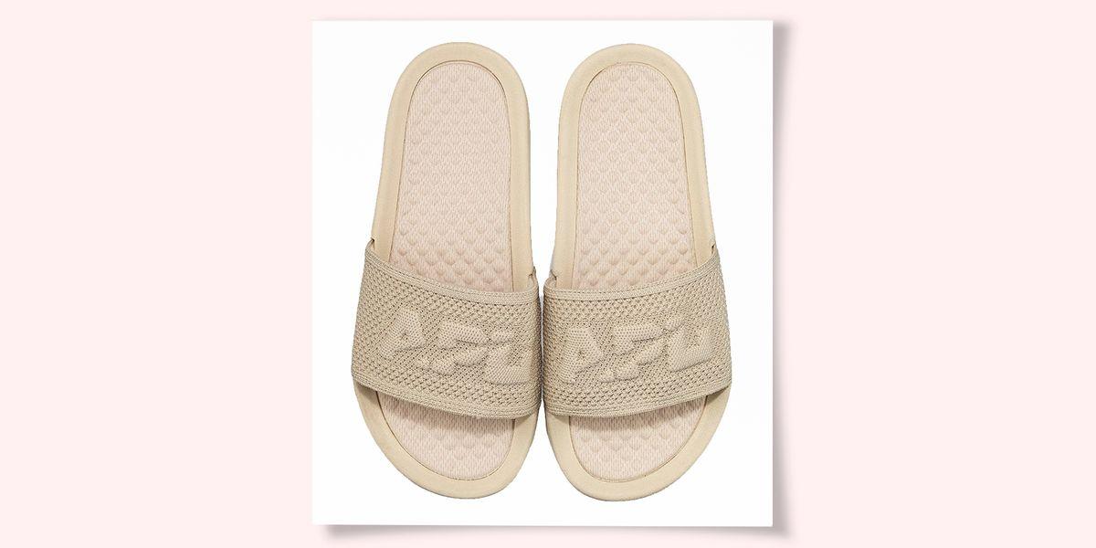 APL TechLoom Slides Review - Best Men's Sandals on Amazon